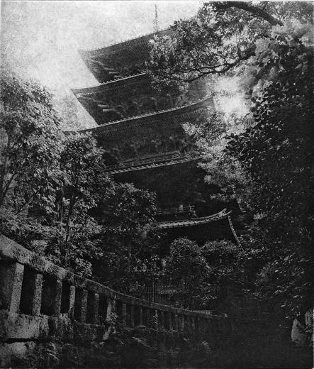 Питер Миллер. Ryukoji. Храм Рюкодзи. Бумага, фотогравюра. Камакура, Япония. 1995